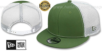 New Era 'MESH-BACK BLANK SNAPBACK' Rifle Green-White Adjustable Hat