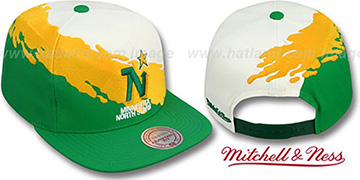 North Stars 'PAINTBRUSH SNAPBACK' White-Gold-Green Hat by Mitchell & Ness