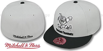 Nuggets MONOCHROME XL-LOGO Grey-Black Fitted Hat by Mitchell & Ness
