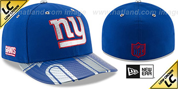 NY Giants 2017 LOW-CROWN SPOTLIGHT Fitted Hat by New Era