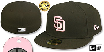 Padres 1985 COOPERSTOWN PINK LOGO BOTTOM Fitted Hat by New Era