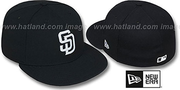 Padres 'TEAM-BASIC' Black-White Fitted Hat by New Era