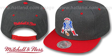 Patriots '2T-HEATHER SNAPBACK' Grey-Red Hat by Mitchell and Ness