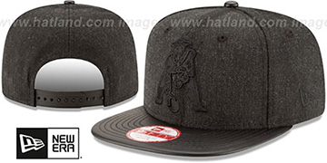 Patriots THROWBACK LEATHER-MATCH SNAPBACK Black Hat by New Era