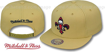 Pelicans TEAM-BASIC SNAPBACK Gold Hat by Mitchell and Ness