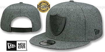 Raiders BLACK METAL-BADGE SNAPBACK Melton Grey Hat by New Era