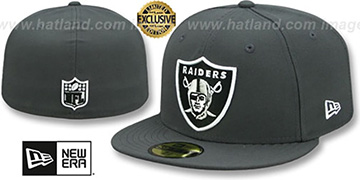 Raiders NFL TEAM-BASIC Charcoal Fitted Hat by New Era