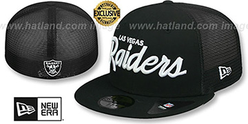 Raiders NFL TEAM-SCRIPT MESH-BACK Black-Black Fitted Hat by New Era