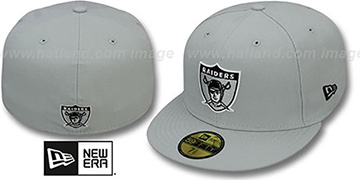 Raiders 'NFL THROWBACK TEAM-BASIC' Grey Fitted Hat by New Era