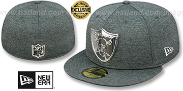 Raiders SILVER METAL-BADGE Shadow Tech Fitted Hat by New Era