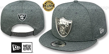 Raiders SILVER METAL-BADGE SNAPBACK Shadow Tech Hat by New Era
