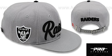 Raiders TEAM-SCRIPT STRAPBACK Grey Hat by Pro Standard