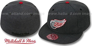 Red Wings 'GREY HEDGEHOG' Fitted Hat by Mitchell & Ness