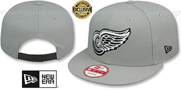 Red Wings TEAM-BASIC SNAPBACK Grey-Black Hat by New Era