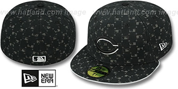 Reds ALT 'MLB FLOCKING' Black Fitted Hat by New Era