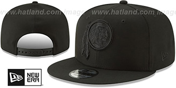 Redskins TEAM-BASIC BLACKOUT SNAPBACK Hat by New Era