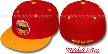 Rockets '2T CLASSIC THROWBACK' Red-Gold Fitted Hat by Mitchell & Ness