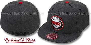 Rockets 'GREY HEDGEHOG' Fitted Hat by Mitchell & Ness