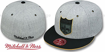 Saints '2T XL-LOGO FADEOUT' Grey-Black Fitted Hat by Mitchell & Ness
