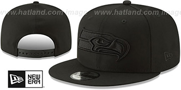 Seahawks TEAM-BASIC BLACKOUT SNAPBACK Hat by New Era