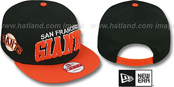 SF Giants 'CHENILLE-ARCH SNAPBACK' Black-Orange Hat by New Era