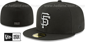 SF Giants 'SLEEKED BLACK METAL-BADGE' Black Fitted Hat by New Era