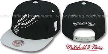 Spurs '2T XL-LOGO SNAPBACK' Black-Grey Adjustable Hat by Mitchell & Ness
