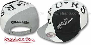 Spurs 'TWIRL SNAPBACK' Hat by Mitchell & Ness