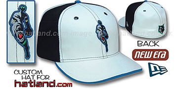 Timberwolves INSIDER PINWHEEL White-Black Fitted Hat