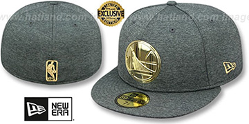 Warriors GOLD METAL-BADGE Shadow Tech Fitted Hat by New Era