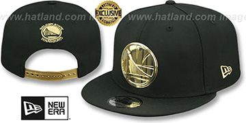 Warriors GOLD METAL-BADGE SNAPBACK Black Hat by New Era