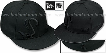 White Sox BIGGY FLAW BLACKOUT Fitted Hat by New Era