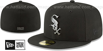 White Sox 'SLEEKED BLACK METAL-BADGE' Black Fitted Hat by New Era