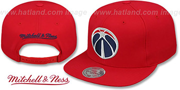Wizards BASIC-LOGO SNAPBACK Red Hat by Mitchell and Ness