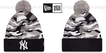 Yankees CAMO CAPTIVATE Knit Beanie Hat by New Era