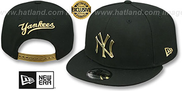 Yankees 'GOLD METAL-BADGE SNAPBACK' Black Hat by New Era