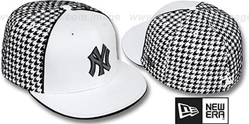 Yankees 'HOUNDSTOOTH' White-Black Fitted Hat by New Era