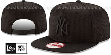 Yankees 'JERSEY MESH TONAL SNAPBACK' Black Hat by New Era
