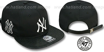 Yankees JULIGUNK STRAPBACK Black-Silver Hat by Twins 47 Brand