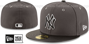 Yankees 'METAL HOOK' Grey-Black Fitted Hat by New Era