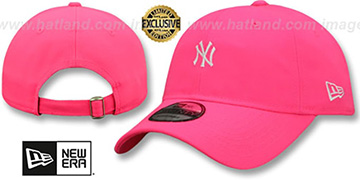 Yankees MINI BEACHIN STRAPBACK Neon Pink Hat by New Era
