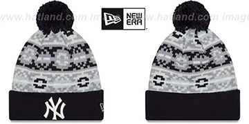 Yankees RETRO CHILL Knit Beanie Hat by New Era