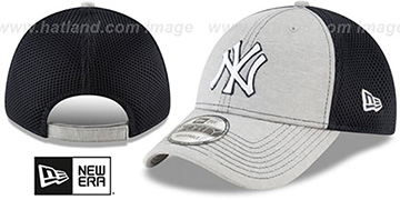 Yankees SHADOW TURN STRAPBACK Grey-Navy Hat by New Era