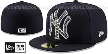 Yankees SHIMMER-XL Navy Fitted Hat by New Era