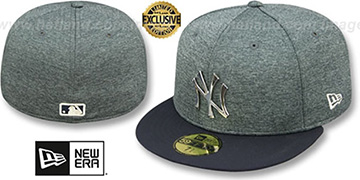 Yankees 'SILVER METAL-BADGE' Shadow Tech-Navy  Fitted Hat by New Era