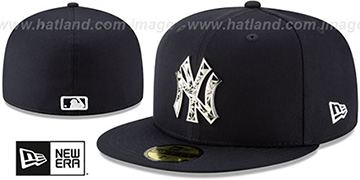Yankees SILVER SHATTERED METAL-BADGE Navy Fitted Hat by New Era
