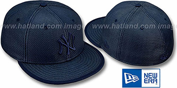 Yankees Solid 'WEAVE' Navy Fitted Hat by New Era