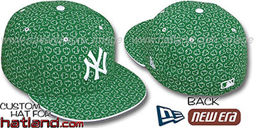 Yankees ST PATS FLOCKING Kelly Fitted Hat by New Era