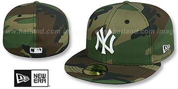 Yankees 'TEAM-BASIC' Army Camo-White Fitted Hat by New Era