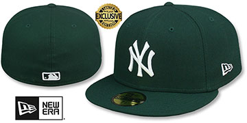 Yankees TEAM-BASIC Dark Green-White Fitted Hat by New Era